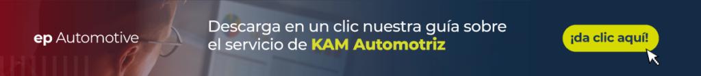 Sobre la foto de un profesional mirando a una pantalla, está escrito ep Automotive, descarga en un clic nuestra guía sobre el servicio de KAM Automotriz y un botón dónde está escrito da clic aquí